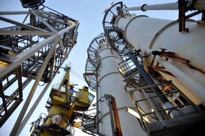 Plate-forme pétrolière de la compagnie BP au large d'Aberdeen (Ecosse), en 2014.