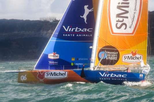 Le bateau de Jean-Pierre Dick et de Yann Elies au départ du Havre.