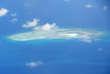 Photographie aérienne prise le 21 avril d'un récif dans l'archipel des Spratleys.