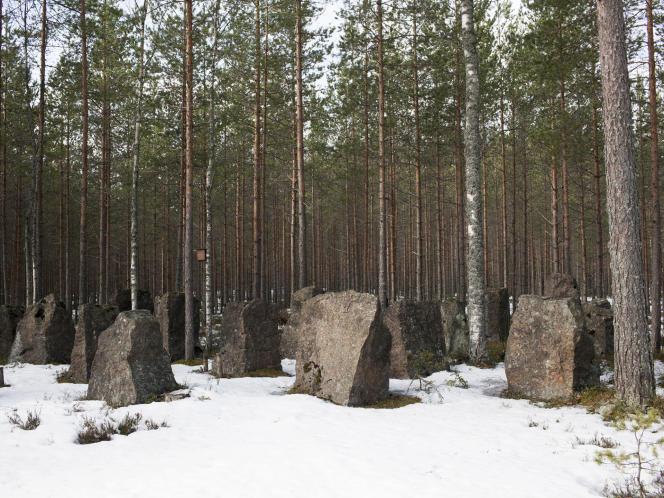 Près de Virolahti, la Ligne Salpa a été construite en 1940-1941 pour protéger la Finlande d'une percée des blindés russes.
