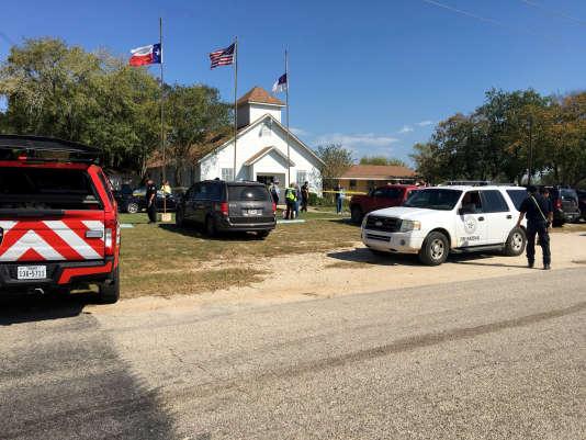 Tuerie dans une église du Texas : au moins 26 morts