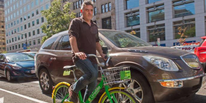 Un vélo en libre-service de la société LimeBike, à Washington (Etats-Unis), le 20 septembre.