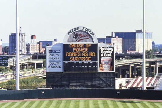Dans un stade de baseball de Buffalo (Etat de New York), en 1991