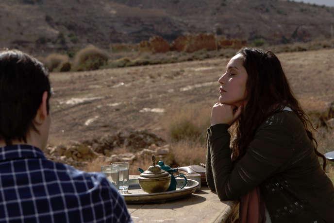 Hania Amar est Aïcha, dans le film «En attendant les hirondelles», réalisé parKarim Moussaoui.