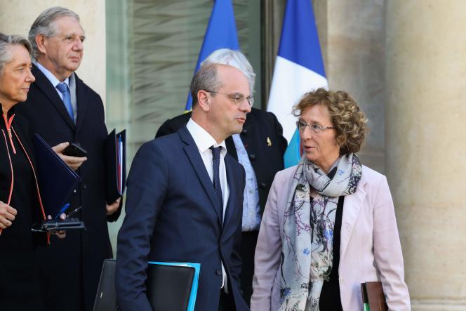 Jean-Michel Blanquer, ministre de l'éducation nationale, avec Muriel Pénicaud, ministre du travail, à Paris, le 7novembre.