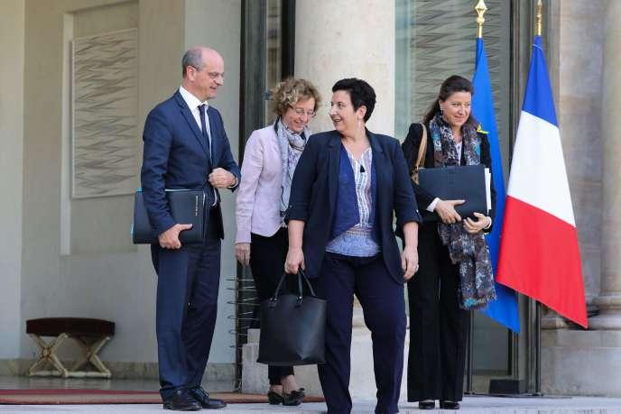 Le ministre de l'éducation Jean-Michel Blanquer, la ministre du travail Muriel Pénicaud, la ministre de l'enseignement supérieurFrédérique Vidal la ministre de la santé Agnès à l'Elysée, le 7 novembre.