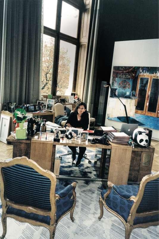 Anne Hidalgo dans son bureau de l'Hôtel de ville, le 10octobre.
