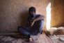 Souleyman, un Guinéen de 14 ans, a besoin de 1200 euros pour payer son passage vers l'Italie via la Libye, à Agadez, le 6 novembre.
