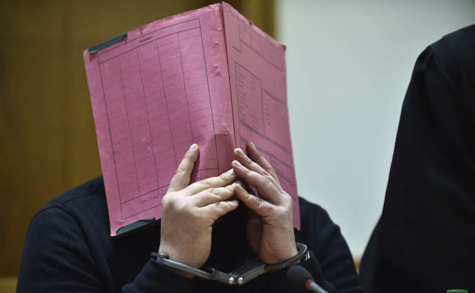 Niels Högel a déjà été condamné à la perpétuité en 2015 pour deux meurtres et quatre tentatives s'étant soldées par la mort des patients.