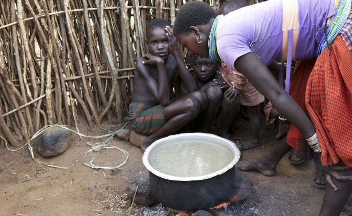 Adelle Kalakouti / AP