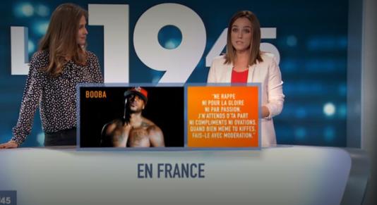 «Le 1945», journal du soir de M6 avec la présentatrice Ophélie Meunier (à gauche), et la chroniqueuse Laetitia Simoes.