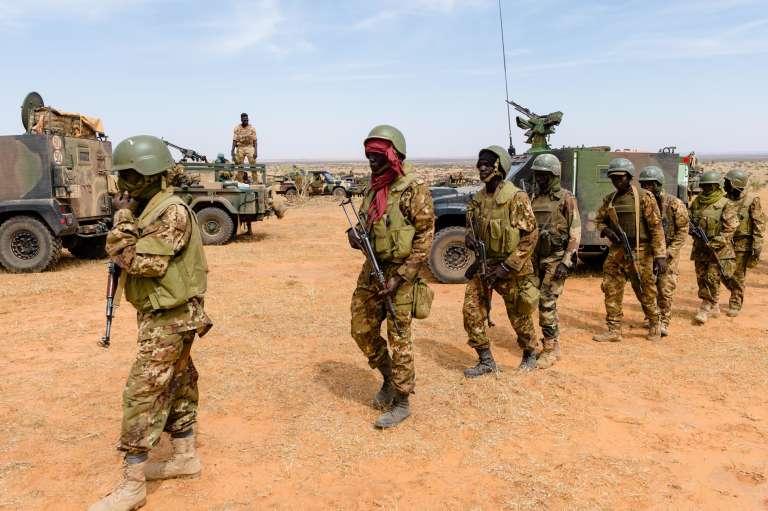 Novembre 2017, dans le désert malien, soldats des Forces armées maliennes (FAMA).