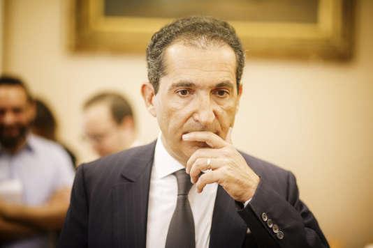 Patrick Drahi, PDG du groupe Altice, lors de son audition par la commission des affaires économiques du Senat, à Paris en 2016.