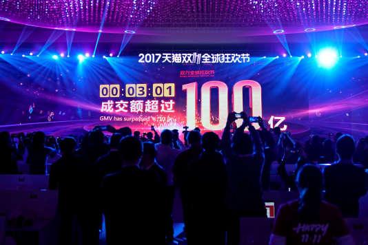 Dans la Mercedes Arena, samedi 11 novembre, à Shanghaï.