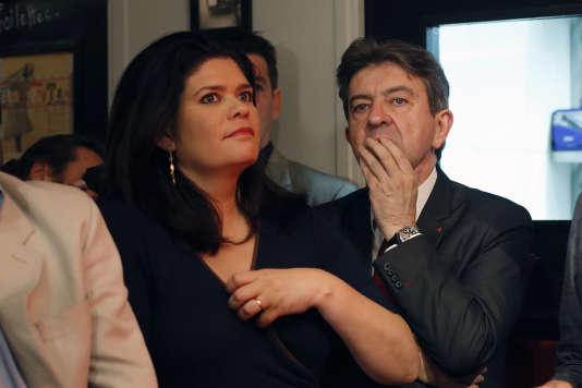 Raquel Garrido avec Jean-Luc Mélenchon, lors d'une réunion du Parti de gauche, àParis, en mai 2014.