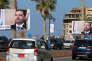«On ne peut que spéculer sur la nature exacte de l'issue offerte par Riyad, mais Hariri avait des raisons de chercher la sortie de secours» (affiches à l'effigie de l'ancien premier ministre libanais, Saad Hariri,le 10novembre, à Beyrouth).