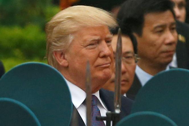 Le président des Etats-Unis, Donald Trump, à Hanoï, le 12 novembre.
