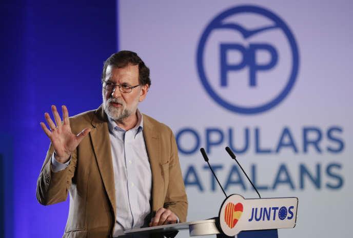 Le premier ministre espagnol, Mariano Rajoy, à Barcelone, le 12 novembre.