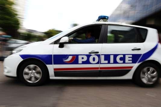 L'IGPN avait été saisie par le procureur de la République de Versailles de l'enquête sur une interpellation à Mantes-la-Jolie, le 7 novembre, au cours de laquelle un homme de 27ans a été grièvement brûlé aux bras.