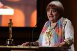 French filmaker Agnès Varda accepts an honorary Oscar at the 9th Annual Governors Awards gala hosted by the Academy of Motion Picture Arts and Sciences at the Hollywood & Highland Center in Hollywood, California on November 11, 2017.  / AFP / Robyn Beck