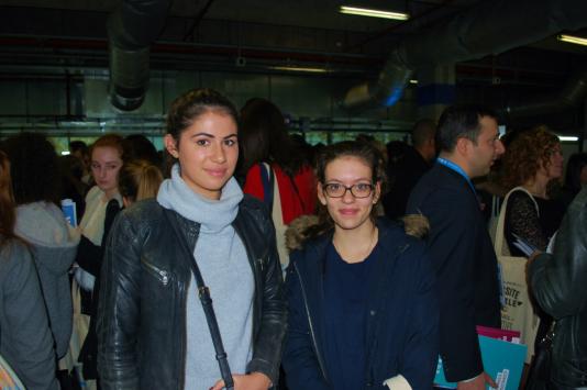 Salomé et Justine s'intéressent au droit et aux études à l'étranger.