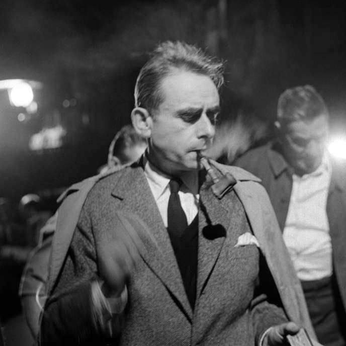 Le cinéaste Henri-Georges Clouzot sur le tournage de« La Vérité» à Joinville, en mai 1960.
