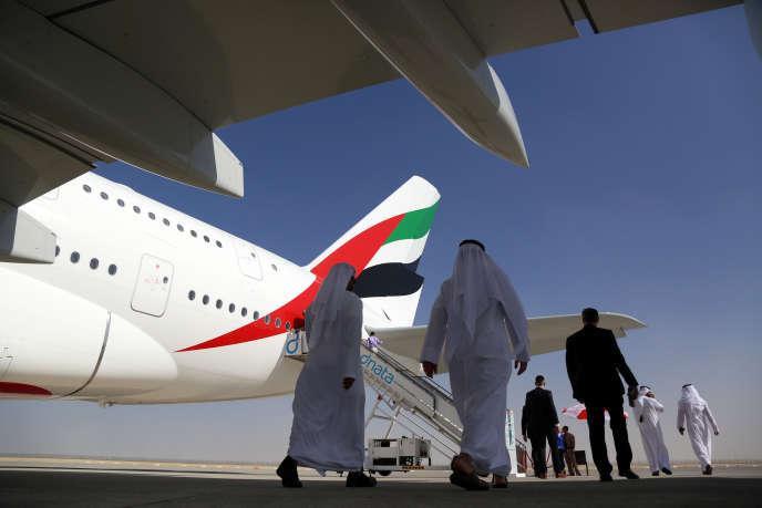 Un A380 ,lors du Salon de l'aéronautique de Dubaï, le 13 novembre.
