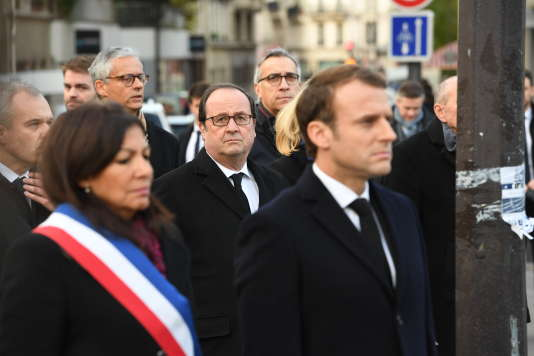 Anne Hidalgo et Emmanuel Macron lors des commémorations des attentats du 13 novembre 2015 qui ont endeuillé la France.