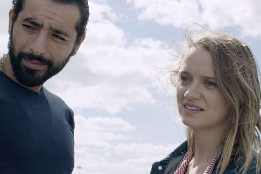 Redouanne Harjane et Sara Forestier dans le film français de Sara Forestier,«M».