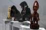 «La thèse peut se résumer ainsi: l'Europe n'est pas le centre du monde; des civilisations se sont développées en même temps » (Statuette d'une maternité yombe (Congo), au Louvre Abu Dhabi, le 11 novembre).