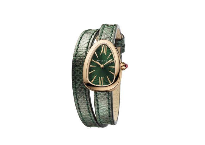 8bb93d55ff12 Matière et sertissage du boîtier, cadran, bracelet, Twist Your Time  personnalise les Serpenti, dans les boutiques Bulgari Bulgari