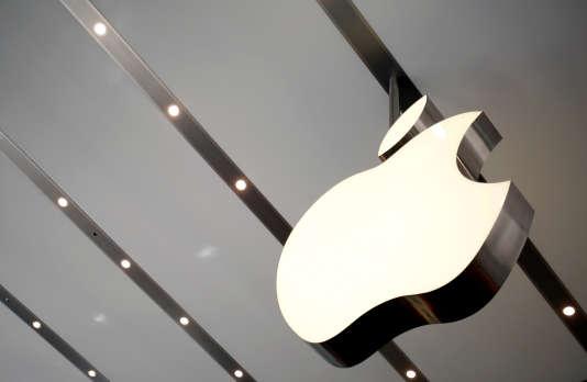 Dans un Apple store de Tokyo, en juin.