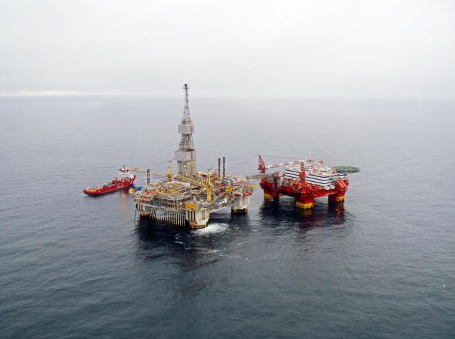 Plateforme pétrolière de la compagnie nationale Statoil au large des côtes norvégiennes, en 2011.