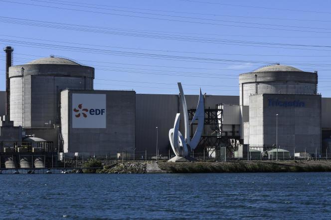 La centrale nucléaire d'EDF à Tricastin, dans de la vallée du Rhône, le 10 octobre.