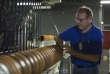 Tom Pritchard le responsable des machines a découper les pellicules chez Eastman Kodak.