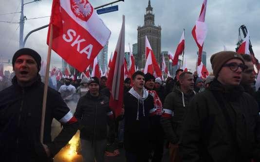 Manifestants nationalistes, à Varsovie, le 11 novembre.