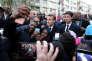 Emmanuel Macron lors de sa visite à la cité du Chêne Pointu à Clichy-sous-Bois (Seine-Saint-Denis), le 13 novembre.