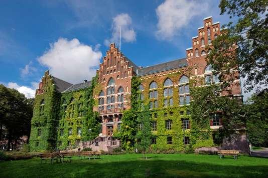 Le quotaréglementaire d'auteurs de sexe féminin pour constituer des cours fait polémique à l'université de Lund.