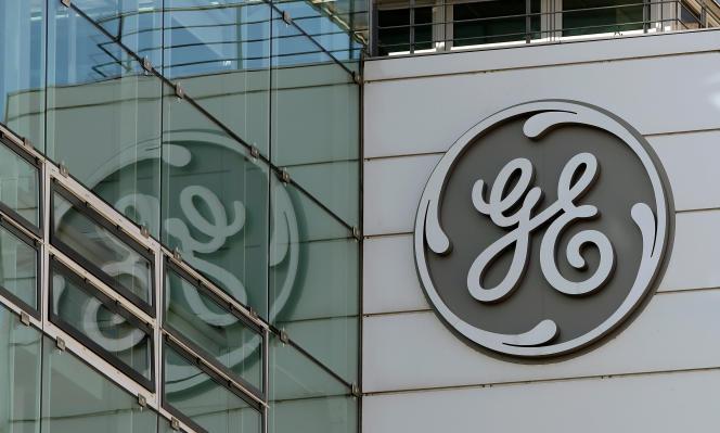 General Electric a annoncé jeudi son intention de supprimer 1600emplois en Allemagne sur les sites de Mannheim, Stuttgart, Berlin, Mönchengladbach et Cassel, et 1 400 autres en Suisse.
