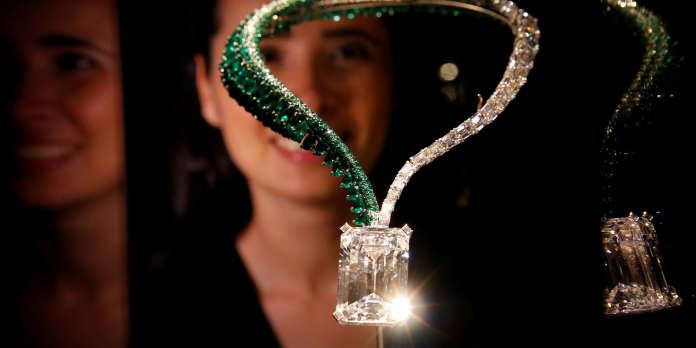 34 Millions De Dollars Voici Le Plus Gros Diamant Jamais Mis Aux