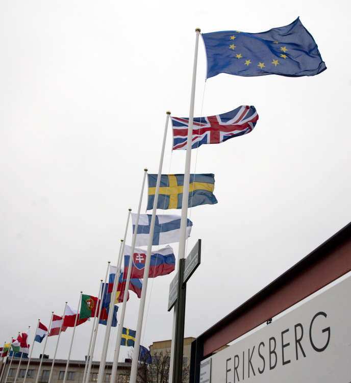 «Les droits des travailleurs, sur les marchés du travail, dans les systèmes de protection sociale et dans leurs relations à l'emploi sont aujourd'hui attaqués et progressivement défaits » (Photo: Göteborg, le 16 novembre).