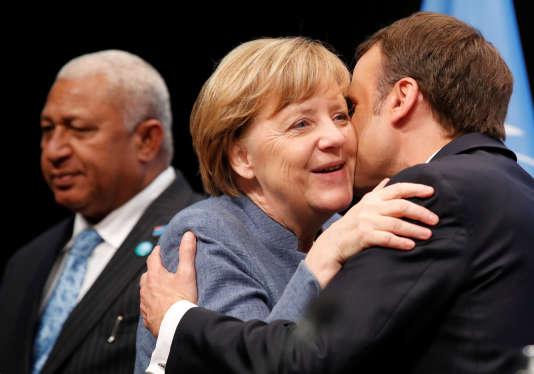 Angela Merkel et Emmanuel Macron à la tribune de la COP23 à Bonn (Allemagne), le 15 novembre.