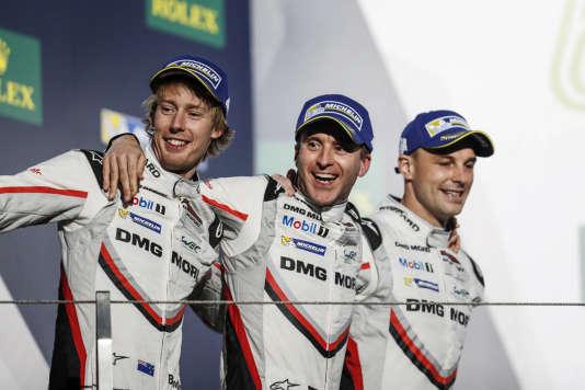 Deuxième des 6 Heures de Shanghaï, le 5 novembre, les pilotes Earl Bamber, Timo Bernhard et Brendon Hartley assurent leur titre de champions des pilotes WEC 2017.