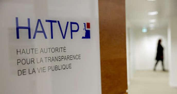 La HATVP a transmis 19dossiers à la justice dont 10 pour non-dépôt de déclarations et 9 pour infractions liées aux déclarations.