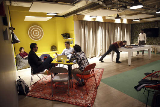 Nextdoor, reseau d'espaces de travail collaboratifs et d'entites de conseils aux entreprises (Paris, 2017).