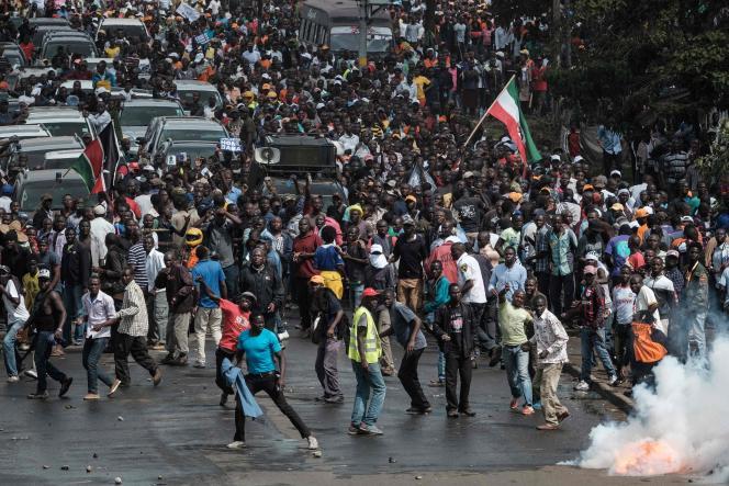 Lors des manifestations de soutien à l'opposition, le 17 novembre, à Nairobi.