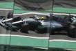 «Légal sur le papier, un schéma peut être condamné par le droit européen, s'il s'agit d'une construction artificielle, conçue dans l'unique but de réduire ou d'éluder l'impôt. Ce qui pourrait être le cas de Lewis Hamilton et de nombreux autres propriétaires de jets privés passés par l'île de Man.» (Photo : Lewis Hamilton dans sa Mercedes lors des essais libres du Grand prix du Brésil de Formule 1, le 10 novembre).