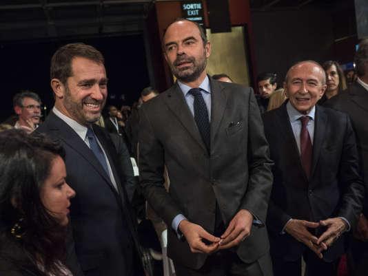 Christophe Castaner, nouveau délégué général de LRM, aux côtés d'Edouard Philippe et Gérard Collomb, à Lyon, le 18 novembre.