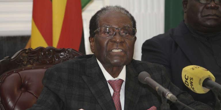 Robert Mugabe lors de son allocution télévisée le 19 novembre 2017 à Hararé.
