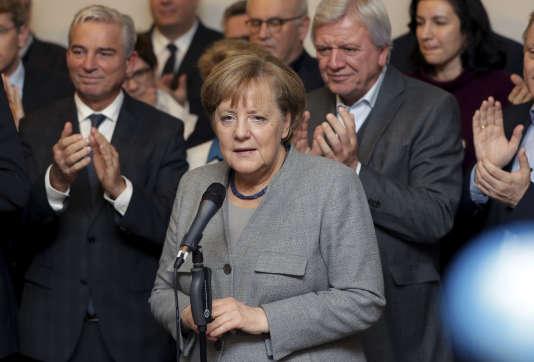 La dirigeante allemande Angela Merkel à Berlin, le 20 novembre, après l'échec des négociations de coalition pour former un gouvernement.